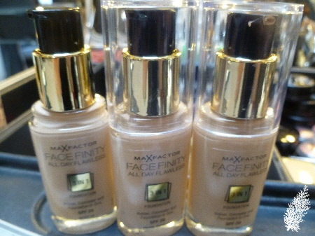 max factor 3 in 1 foundation pearl beige