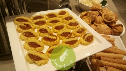 My favourite dessert at this buffet - pineapple jam tarts