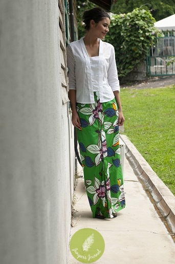 Stand out in this bold patterned sarong