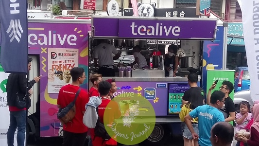 Customers redeeming Tealive bubble teas