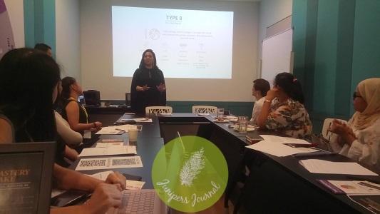 Cindy Leong presenting Enneagram
