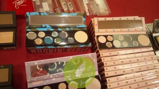 The 'Girls Collection eye shadow palettes were RM110 each