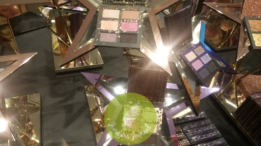 MAC Starring You Star-Sighting Compacts