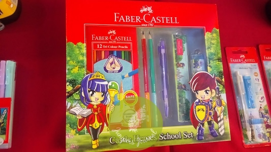 Castle Heroes School Set