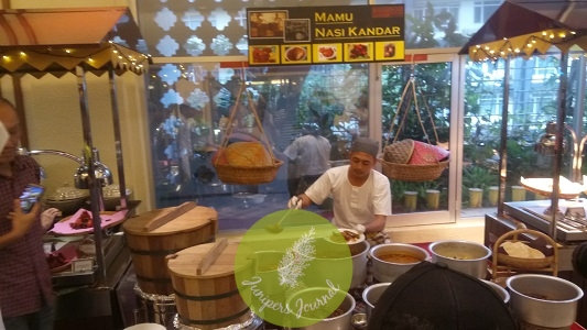 Enjoy nasi kandar in the comfort of Taman Sari Brasserie Hotel Istana Kuala Lumpur City Centre