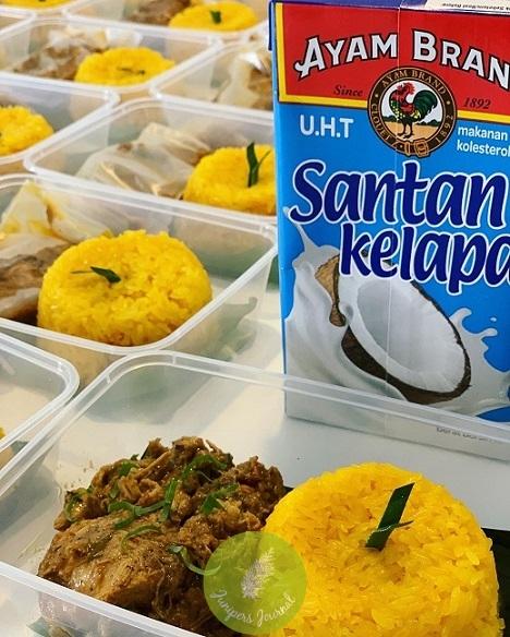 Pulut kuning rendang ayam cooked by Volunteer Hamnee Binti Mod Zain using Ayam Brand products