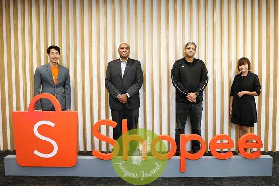 (From left) Lok Weng Lum, Marketing Lead, Shopee Malaysia; Prasad Babu, Head of Enablers & Demand Generation, E-commerce Division, Malaysia Digital Economy Corporation (MDEC); Vach Pillutla, Chief Executive Officer, Al-Ikhsan Sports Sdn Bhd; and Gan Poe Yee, Online Manager, Gadget Velocity at the Shopee PENJANA Mid-Point Review and launch of 9.9 Super Shopping Day at Shopee Malaysia's headquarters in Kuala Lumpur today