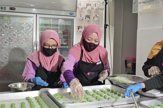 Hada Labo campaign aims to support B40 women with business skills and confidence to thrive in their community